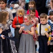 Тролли в детском клубе ТРЦ «Планета» фотографии