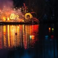 Фестиваль водных фонариков фотографии