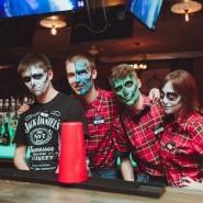 Вечеринки в стиле Halloween фотографии