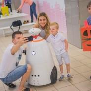 Выставка роботов — «Робополис» фотографии