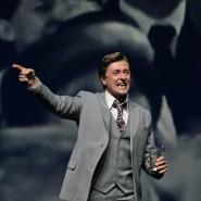 Сергей Безруков в спектакле « И жизнь, и театр, и кино...» фотографии