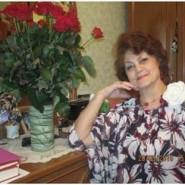 Выставка картин Валентины Яковлевны Сухих фотографии