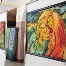 Выставка произведений в технике горячего батика - Виталия Шаповалова.
