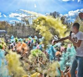 Фестиваль красок в Уфе