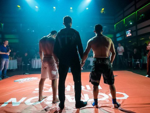 Бой X-Fight между Фелипе Нсуе (Испания) иРоманом Копыловым (Россия)