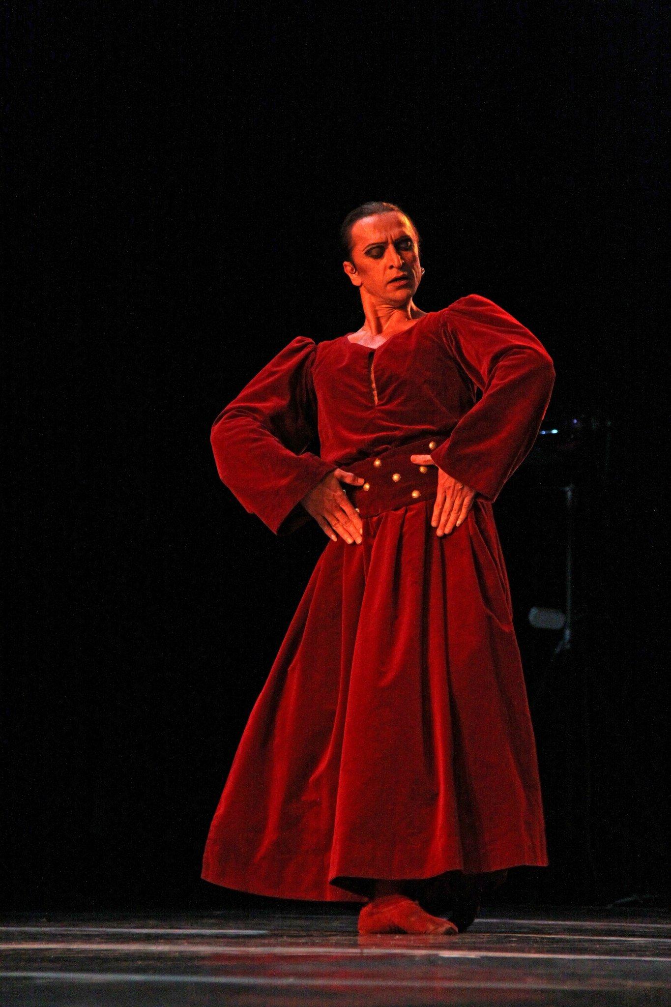 Фарух Рузиматов извёзды русского балета