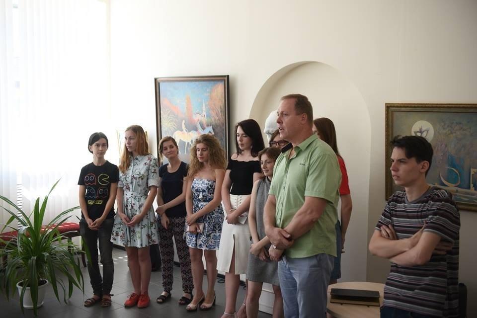 Выставка «Учитель иученики» памяти художника Н. МСупруна
