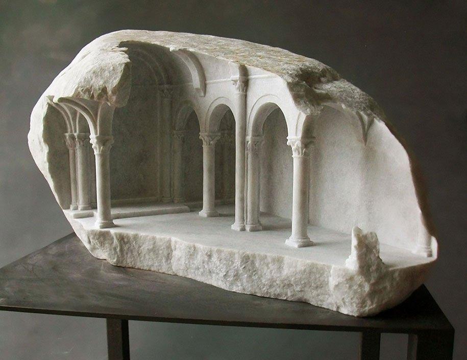 Выставка скульптуры малых форм