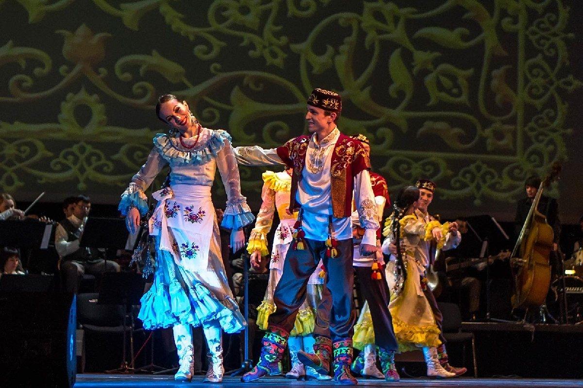 Концерт Государственного ансамбля песни итанца Республики Татарстан