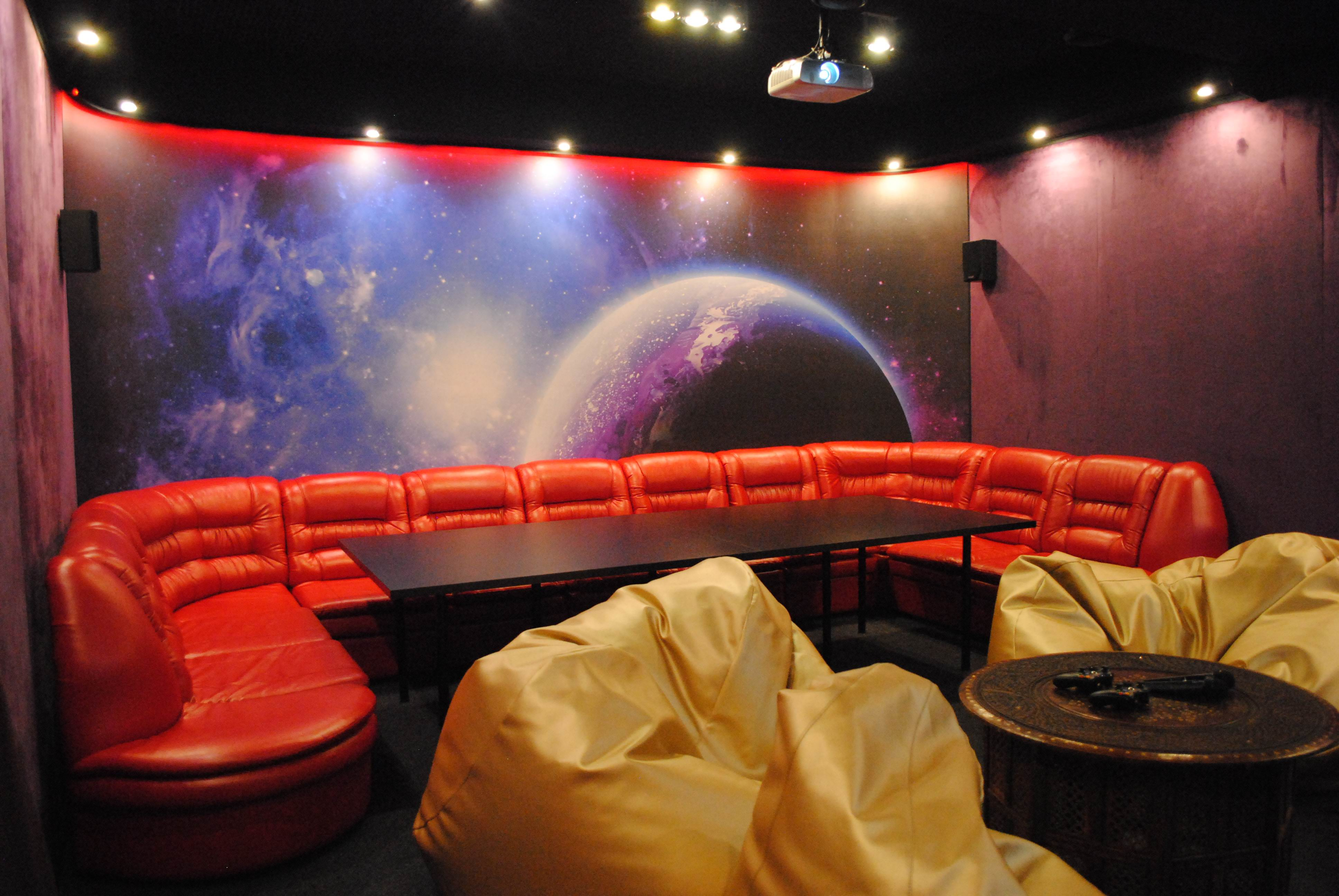 Кино-кафе «Lounge 3D cinema»